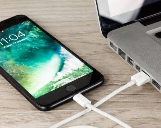 iPhone 7 Plus bị rò điện khi sạc có nguy hiểm không? Xử lý thế nào?